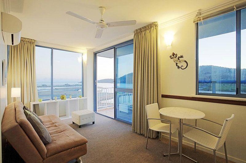 executive-suites-airlie-beach
